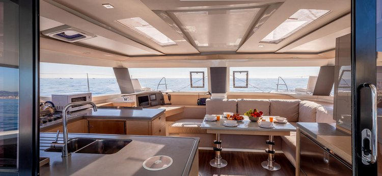 Fountaine Pajot's 44.0 feet in Côte D'Azur