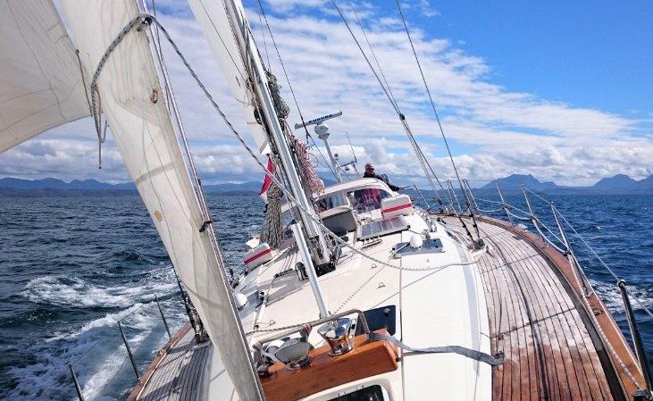 Motorsailer boat for rent in 3051