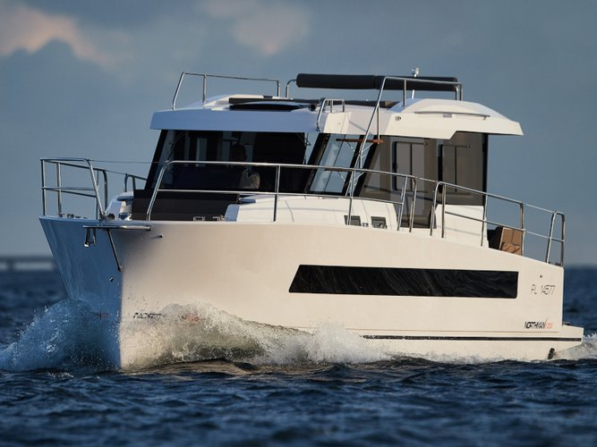 Explore Wilkasy on this beautiful motor boat for rent