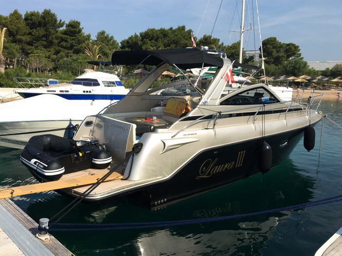 Hop aboard this amazing motor boat rental in Zadar!