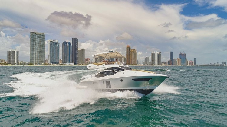 AZIMUT's 42.0 feet in Hollywood