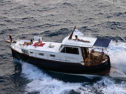 Explore Vilajoyosa on this beautiful motor boat for rent