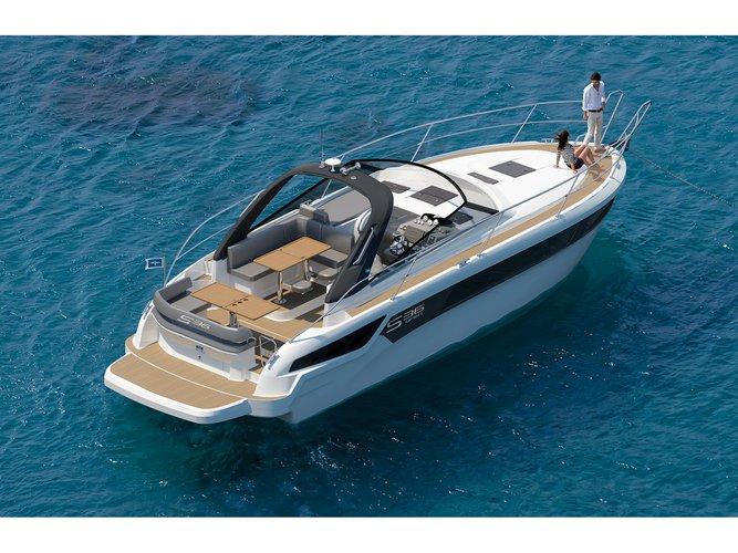 Enjoy luxury and comfort on this Bavaria Yachtbau Bavaria S36 Open in Palma de Mallorca