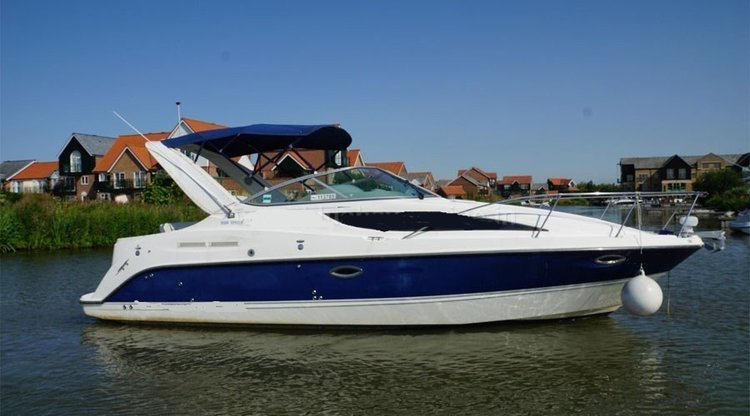 Get the perfect boat to enjoy Mumbai in style