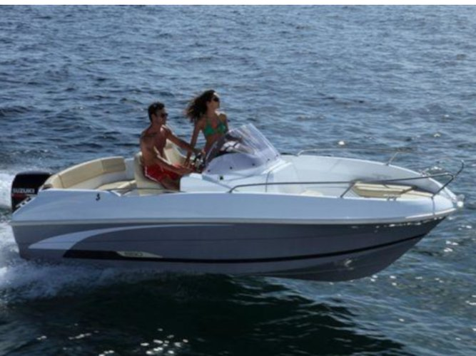 Explore Zadar on this beautiful motor boat for rent