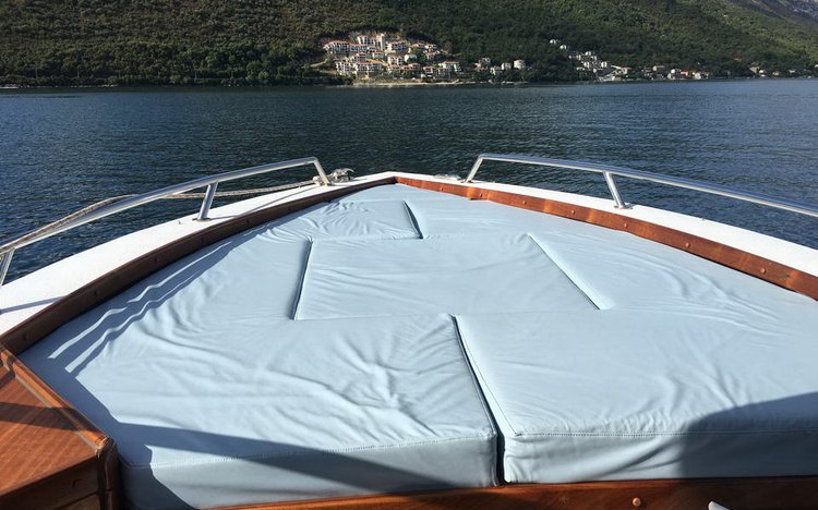 Discover kotor surroundings on this Custom Custom boat