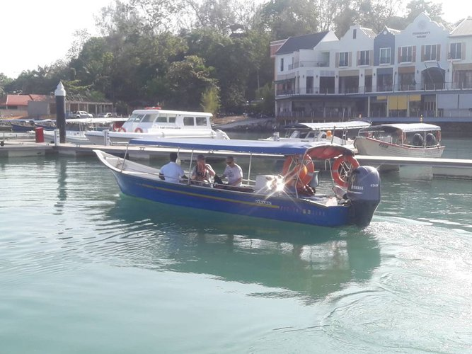 Discover Langkawi in style boating on thisl motor boat rental