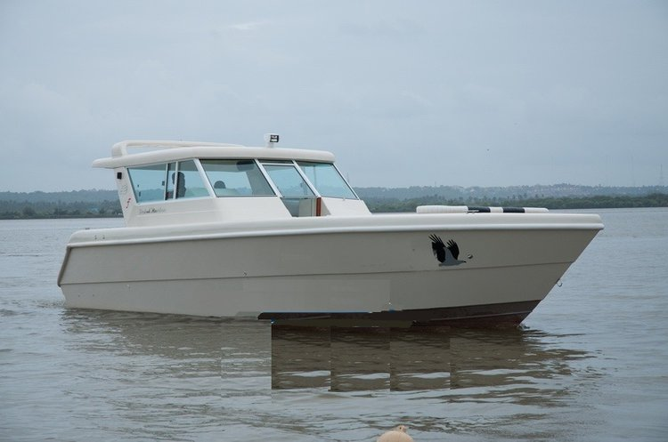Up to 20 persons can enjoy a ride on this Cuddy cabin boat