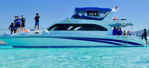 Enjoy luxury and comfort on this Komodo motor boat rental