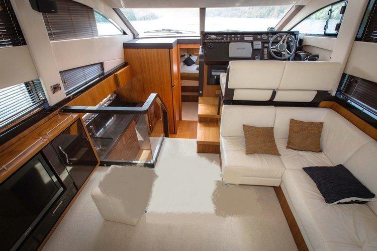 Boat for rent Fairline Squadron 43.0 feet in Penha De França, India