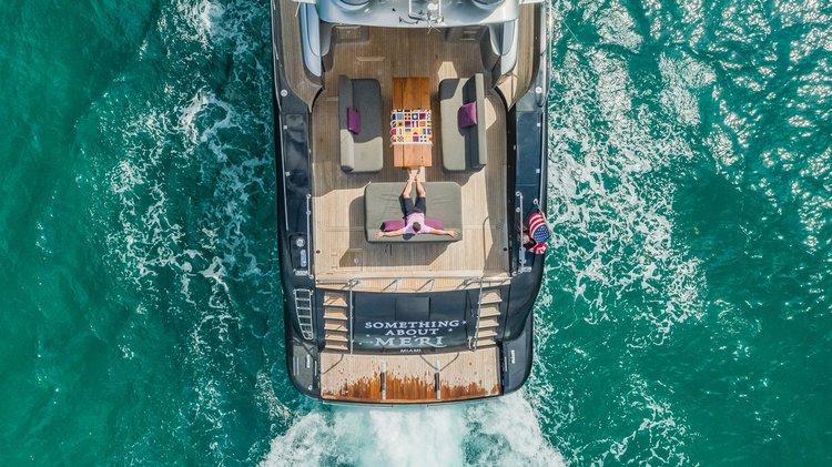 Mangusta's 92.0 feet in Aventura