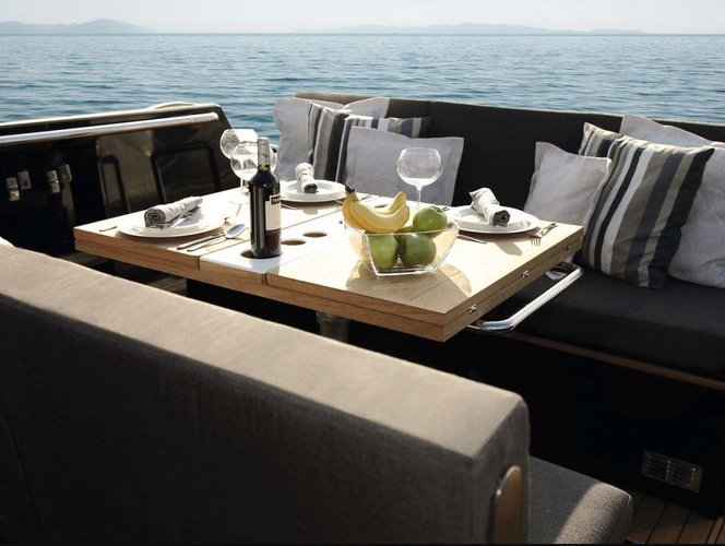 Motor yacht boat for rent in Corfu