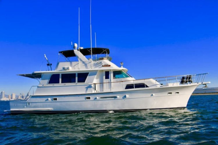 60' Power Yacht For Private Charter