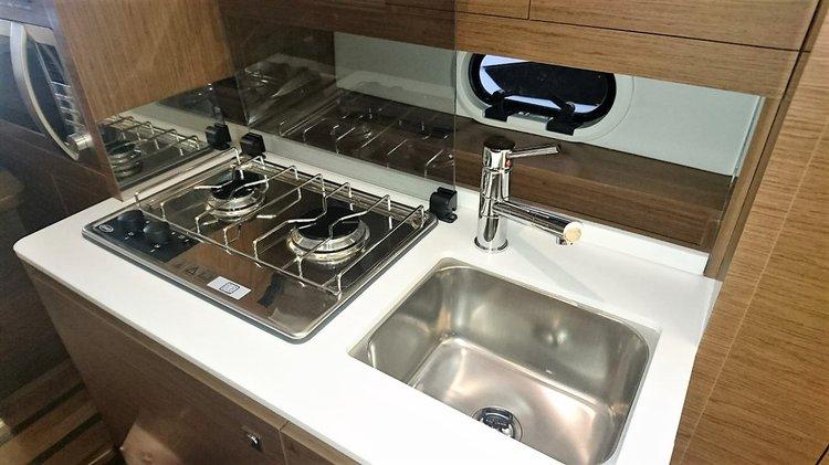 sink,stove