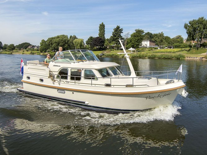 Unique experience on this beautiful Linssen Linssen Classic Sturdy 35.0 AC