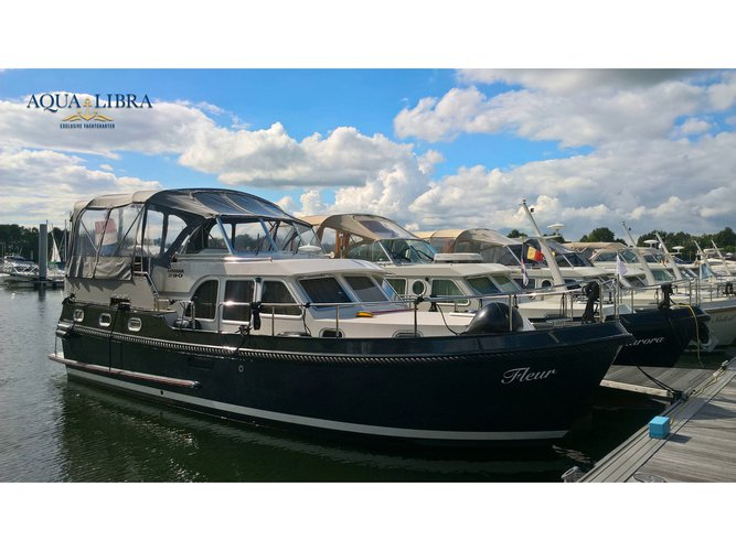 Rent this Linssen Linssen GS 290 Traveller for a true nautical adventure