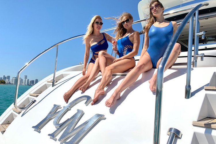 Discover Bailey Town surroundings on this 72' Mangusta Maxi Open Mangusta boat