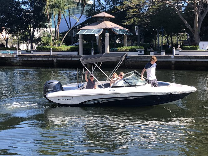 Boat for rent Rinker 19.0 feet in 10 South New River Dr East Ft Lauderdale 33301, FL