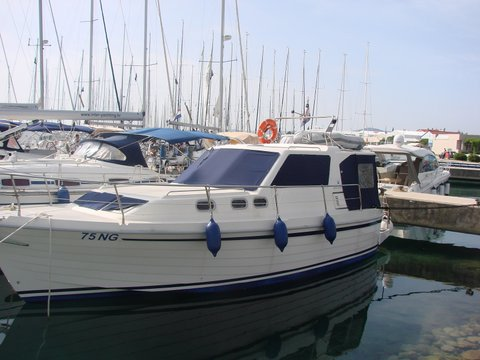 Rent this SAS-Vektor Adria 1002 for a true nautical adventure