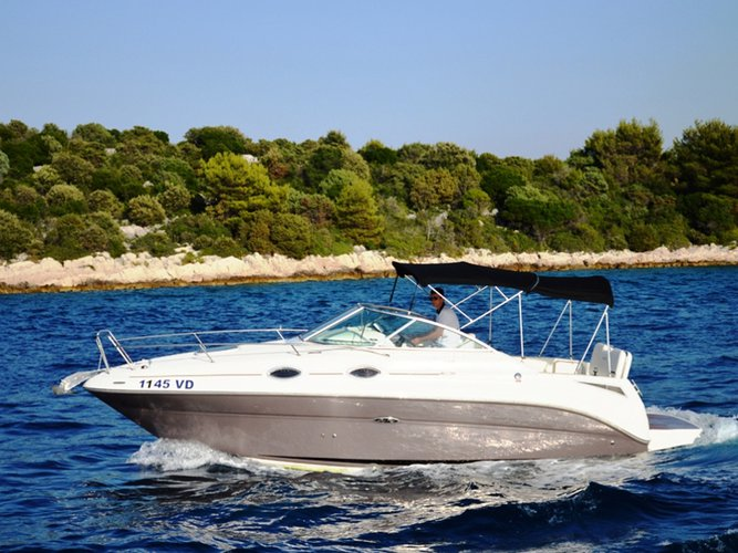 Rent this Sea Ray Boats Sea Ray 255 Sundancer for a true nautical adventure