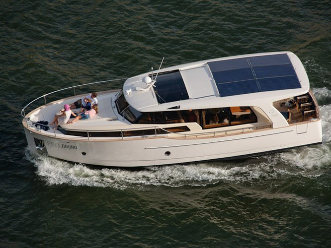 Go on a nautical adventure on this elegant motor boat