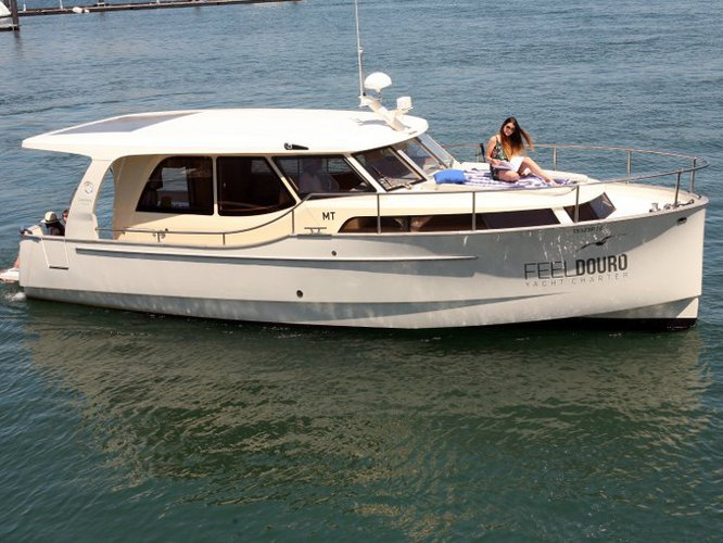Relax and have fun on this gorgeous motor boat charter