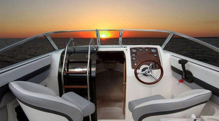 Cuddy cabin boat rental in Mumbai,