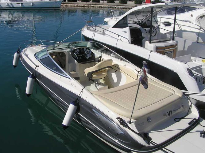 Hop aboard this amazing motor boat rental in Sukošan!