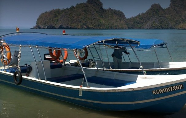 Center console boat for rent in Langkawi