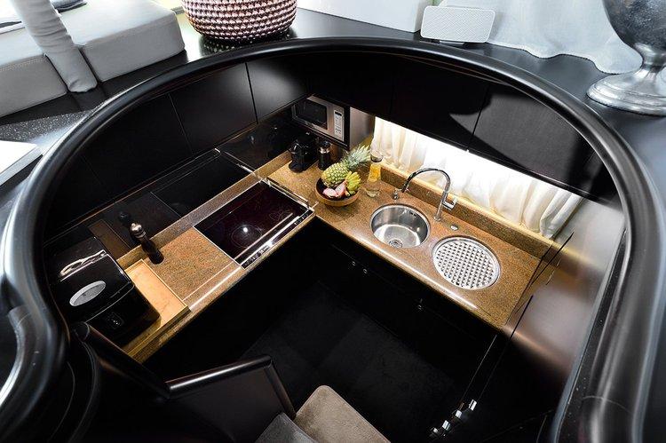 Motor yacht boat for rent in halkidiki