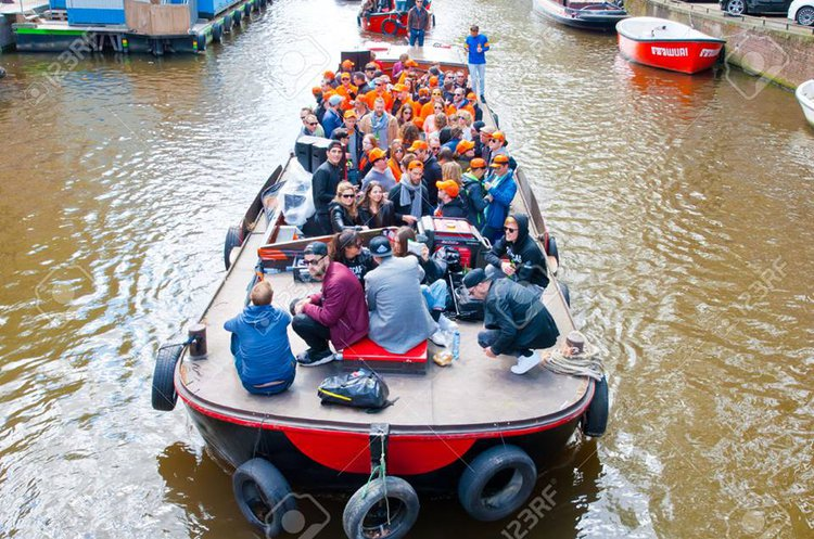 Charter this amazing electric boat in Amsterdam