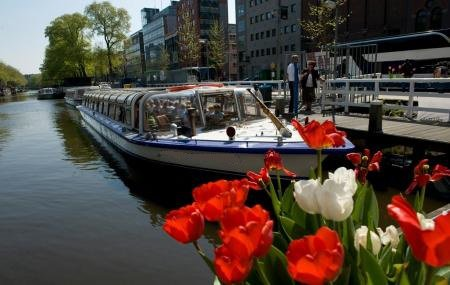 The best way to experience Amsterdam is by boating