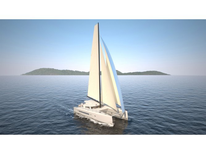 This sailboat charter is perfect to enjoy Cogolin