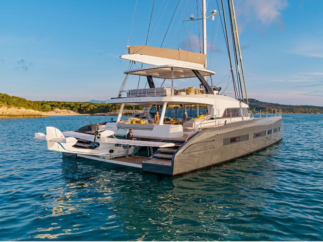 Charter this amazing  Lagoon Seventy 7 in Propriano, FR