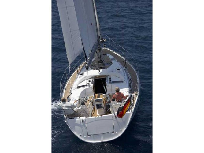 Charter this amazing Bavaria Yachtbau Bavaria 40 Cruiser in Lefkada, GR