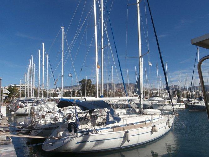 Jump aboard this beautiful Bavaria Yachtbau Bavaria 38