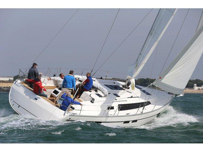 Jump aboard this beautiful Bavaria Yachtbau Bavaria Cruiser 46