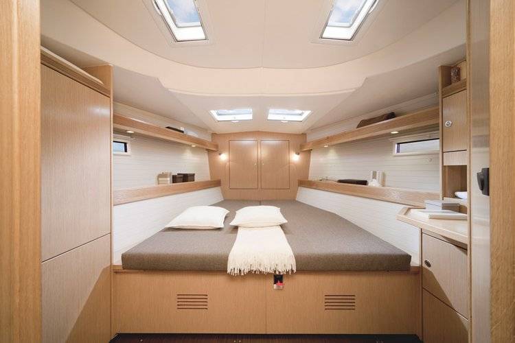 Front Cabin