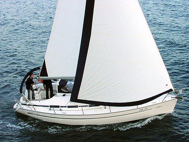 Sail Skiathos, GR waters on a beautiful Bavaria Yachtbau Bavaria 32