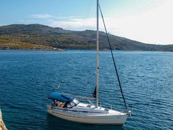 Charter this amazing sailboat in Primošten