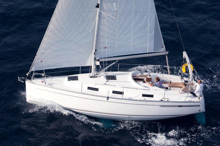 Unique experience on this beautiful Bavaria Yachtbau Bavaria Cruiser 32