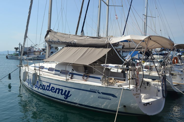 Charter this amazing sailboat in Keramoti