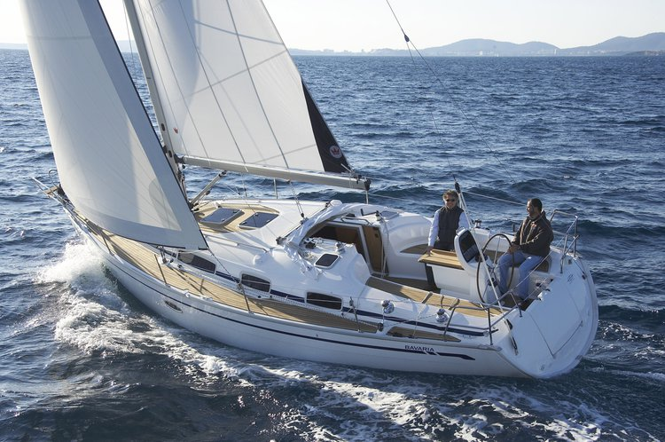 Jump aboard this beautiful Bavaria Yachtbau Bavaria 35 Cruiser