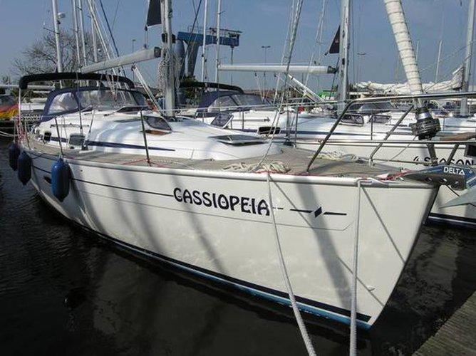 Sail Lemmer, NL waters on a beautiful Bavaria Yachtbau Bavaria 37 Cruiser