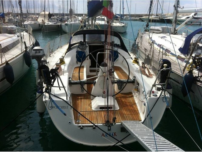 Enjoy luxury and comfort on this Bavaria Yachtbau BAVARIA 38 Match in Castiglioncello