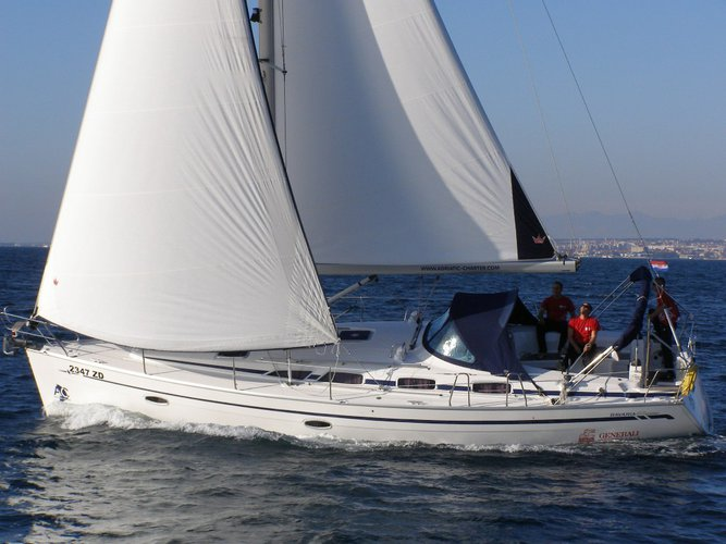 Sail the beautiful waters of Kaštel Gomilica on this cozy Bavaria Yachtbau Bavaria 40 BT '09