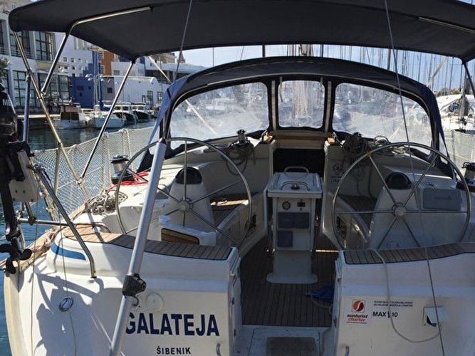 Get on the water and enjoy Zadar in style on our Bavaria Yachtbau Bavaria 44
