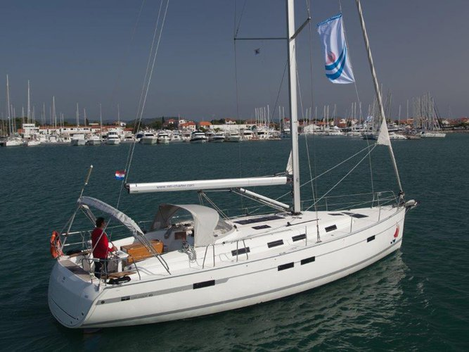 Discover Murter in style boating on this sailboat rental