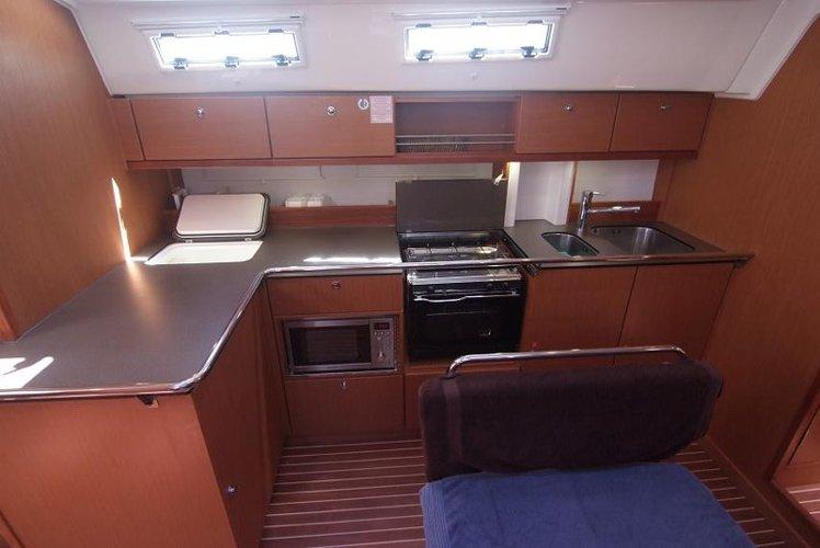 Bavaria Cruiser 45 - Vihor.