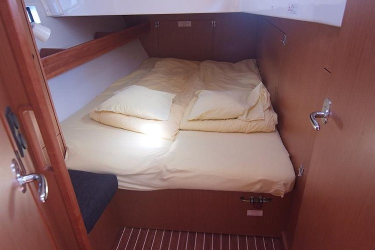 Bavaria Cruiser 45 - Vihor. Garant Charter, Marina Punat.